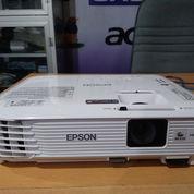 Lcd Proyektor Epson EB-S 300 , 3000 Ansi Lumen (21340451) di Kab. Kulon Progo