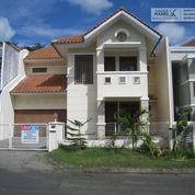 Pakuwon Indah, Villa Bukit Indah - 3 Kamar Tidur NonPerabot. (21349447) di Kota Surabaya