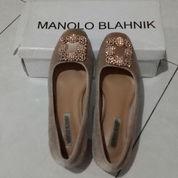 Manolo Blahnik Bludru Pink (21350471) di Kota Makassar