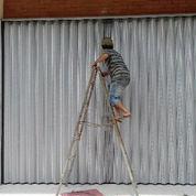 Harga perbaikan pintu harmonika pertokoan, gudang, garasi Jakarta Timur, Utara, Selatan, Barat & pusat (2135303) di Kota Jakarta Utara