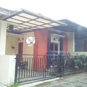 Rumah Dalam Cluster Kota Gede Dekat Tom Silver