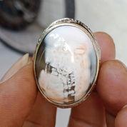 Natural Agate Gambar Kepala Tengkorak Antik