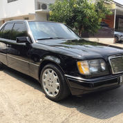 Mercedes Benz 230E Mercy Boxer W124 Tahun 1991 Manual Body MasterPiece