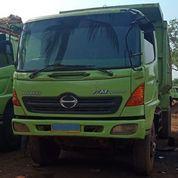 Dump Truck Hino Model FM260JD Tahun 2005 (21465871) di Kota Jakarta Timur