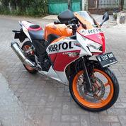 Honda CBR 250 Type ABS Tahun 2014 Repsol (21492475) di Kota Jakarta Timur