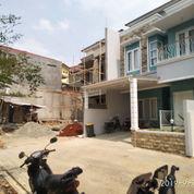 Luxuri Design Rumah Di Area Jagakarsa Jakarta Selatan (21547359) di Kota Jakarta Selatan