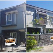 Rumah Baru Gress HOEK Modern Minimalis Di Semolowaru Tengah (21577827) di Kota Surabaya