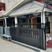 2 Rumah Jadi 1 Dan 2 Lantai Diperumnas Depok Timur (21578779) di Kota Depok