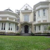 Rumah Super Wah..Super Megah Dan Mewah Di Area Jaksel