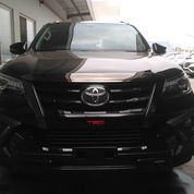 Ready NEW FORTUNER 4x2 2.4 VRZ A/T DSL LUX TRD Diesel