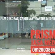 PASANG KACA FILM SANDBLAST DEKORASI KANTOR MEDAN MURAH (21676451) di Kota Medan
