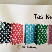 Paper Bag AP2T (136 ) (Polkadot) Uk (25x7x17)Cm (21701183) di Kota Surabaya