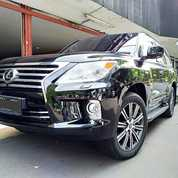 Lexus LX 570 V8 5.7 AT Th 2010 Hitam