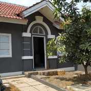 Rumah Catania Deltamas Cikarang Luas 98/45 Rp 30 Jt/Th 2 KT 1 KM Furnished
