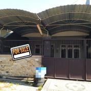 Rumah Terawat Lingkungan Asri ROW 2,5 Mobil Di Sutorejo Tengah (21750115) di Kota Surabaya