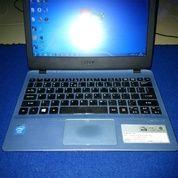 Netbook Acer V5 132. Warna Biru