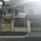 Rumah Mewah Terawat Villa Royal Pakuwon City