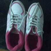 Sepatu Sports Bekas (21803635) di Kab. Brebes