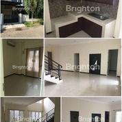 #A1286 Fancy House At San Diego Pakuwon City 2FLOOR SHM Ready To Stay (21860799) di Kota Surabaya