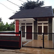 Rumah di Hoek harga murah di Kodau (2196358) di Kota Bekasi