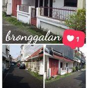 Rumah Bronggalan Row Jln 6mtr Bebas Banjir (22012971) di Kota Surabaya