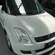 Suzuki Swift 1.5 ST AT 2009 Putih Favoritooo (22033115) di Kota Malang