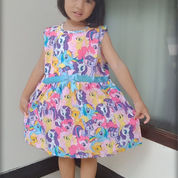 Dress Anak Perempuan Karakter Tanpa Lengan Motif Cantik