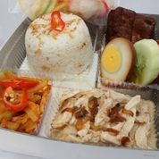 Katering Nasi Kotak Termurah Jakarta Hanya Rp 25.000 Dari Wakuliner (22090515) di Kota Jakarta Utara
