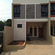 Rumah 2 Lantai Murah Dekat Tol Bekasi Barat