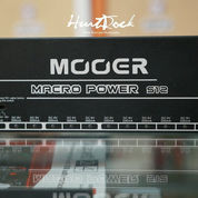 Power Supply Mooer Macro Power S12 12 Channel Isolated
