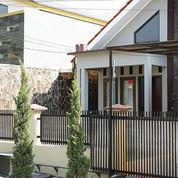 Rumah Cantik Siap Huni Di Jantung Kota Bekasi (22114755) di Kab. Bekasi