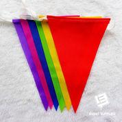 Bendera Renteng Festival Bunting Flag Segitiga Warna Warni Panjang Berkualitas 6 Meter