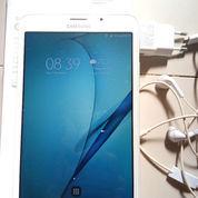 Samsung Galaxy Tab A 2016, Mulus Dan Accesoris Masih Lengkap Dan Bagus Tanpa Cacat (22159439) di Kota Banjarmasin