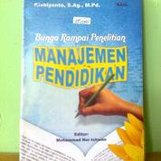 Buku Manajemen Pendidikan (Bunga Rampai Penelitian) (22205903) di Kota Semarang