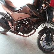 Sepeda Motor Honda Cb 150 R (22210491) di Pasarkemis