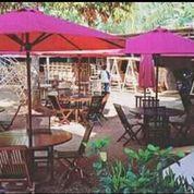 Meja Payung Outdoor, Taman, Pantai, Kolam, Tempat Wisata, Halaman, Vila (22221059) di Kab. Semarang