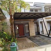 Rumah OK Premier Terrace Ciracas