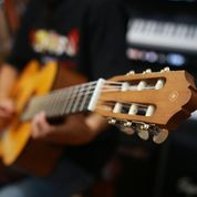 Gitar Akustik Nylon Yamaha C315 Ori (22230995) di Kota Bandung