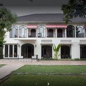HOTEL Wiyung Suasana Asri & Nyaman ROW Jln Kembar, Strategis
