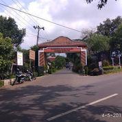 Tanah Luas Pinggir Jalan Raya - Dekat Pasar Gunungpati - Kota Semarang (22298131) di Kota Semarang