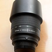 Lensa Nikon AF 70-300mm F 4 5.6G Nikkor (22380475) di Kab. Bondowoso