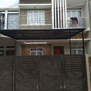 Rumah 2 Lantai Di Perumnas 1 (22495931) di Kota Bekasi