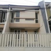 Rumah Cantik Minimalis Di Manyar Tirtoasri SHM (22520631) di Kota Surabaya