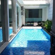 Rumah Mewah Dharmahusada Indah Second Road, Double Way (22520759) di Kota Surabaya