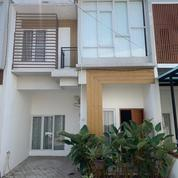 Rumah Mewah 2 LT Lokasi Dalam Perumahan Cinere Depok (22532191) di Kota Depok