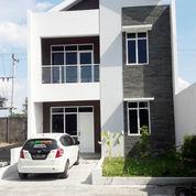 Perumahan Elite,Belakang Hotel The Alana (22563299) di Kota Surakarta