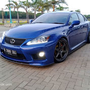 Lexus IS-F Sports Package 3.0 Litre V6 Naturalyaspirated RWD Kondisi Istimewa