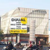 Gedung Arif Rahman Hakim Merr Pojok 3lt Posisi Bangunan HOOK (22607019) di Kota Surabaya