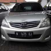 Toyota Innova G 2.0 MT 2010