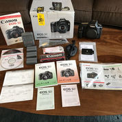 Canon EOS 5D 12.8MP Digital SLR Camera - Black (Body Only) (22640095) di Kota Balikpapan